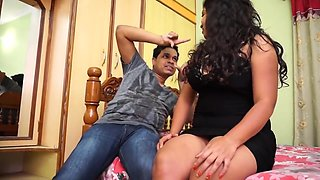 chubby desi girl black bra shaved armpit sniffing