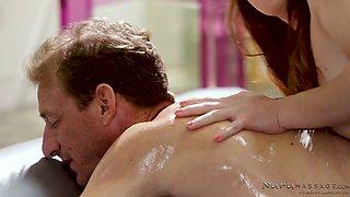 Pallid but really hot masseuse Alexa Nova is expert at erotic massage