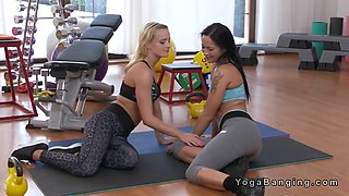 Blonde tribbing mature gym teacher