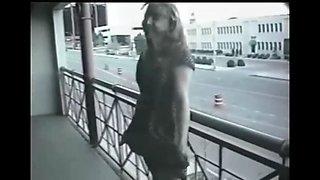 public nudity flashing