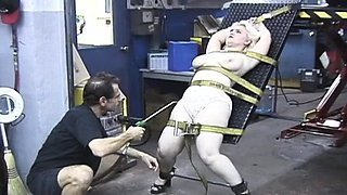 Chick's milk cans get squeezed to the max in bdsm scene