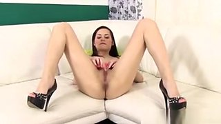 Cutie In Lingerie Pumps Up Her Vagina With A Machine