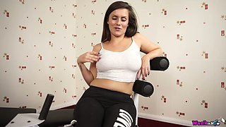 Captivating sport babe Charlie Rose is stripping and doing exercises