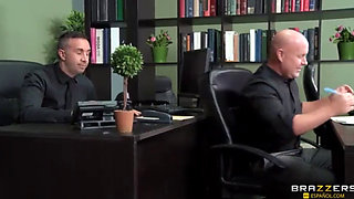 Reventada En La Oficina
