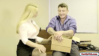 Blonde Sarah seduces her boss and fucks