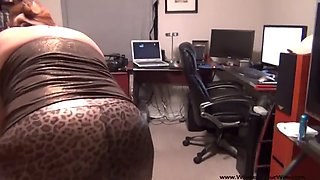 Mexican granny gets her bubble butt ass fucked