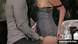 Blonde sex goddess Klarisa Leone gives her lover a nice blowjob