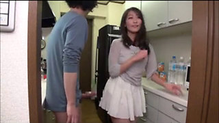 Japanese Mom Seduces the Boys