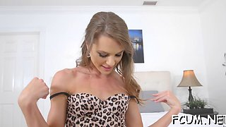 hot blowjob gets awarded with sex movie video 4