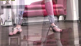 Real female pee desperation jeans pissing girls 6