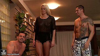 Chelsey Lanette gets fucked by two studs in a hot backstage clip