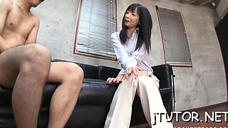 Cheerful maid Tsumugi Serizawa fingered and licked