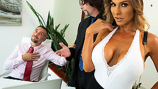 Brazzers – Taking Wifey To Work