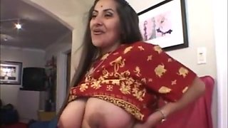 Indian Mexican MILF threesome
