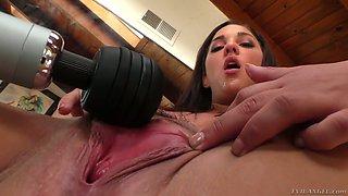 Closeup pussy and anus of sex-appeal harlot Amara Romani