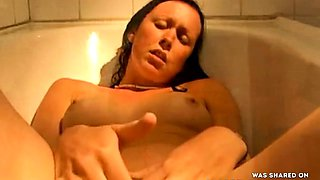 Bathtub Masturbation - Good Clean Fun!