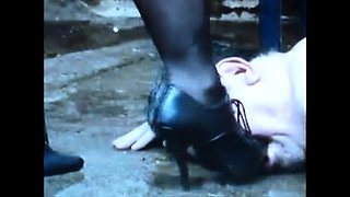 Mistress Mom Crushes Slave. See pt2 at goddessheels