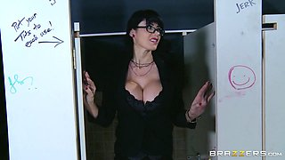 Milf Discovers The Glory Hole From Work