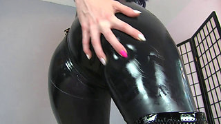 Latex Catsuit Ass Worship in Chastity Porno Videos Hub