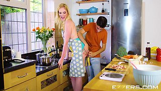 Carly Rae In The Kitchen Helper