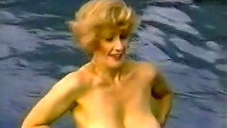 Stunning bosomy vintage milf babes in the office get in lesbian action