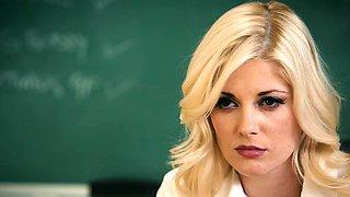 Les teacher scissoring