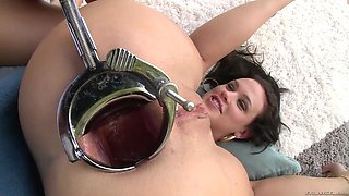chanel preston eats cereal out of roxy raye's opened ass hole