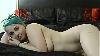 Cute green haired amateur emo girl flashed tits and flossy perfect bum