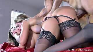 Bisexual bombsell bitches have a nasty threesome wearing lingerie