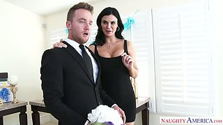 Super sexy braids maid Jasmine Jae fucks groom before wedding ceremony