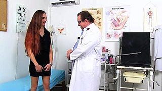 Brunette doctor fetish and cumshot