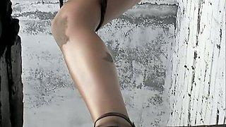 Bronze skin hot stranger girl got her pussy and asshole filmed in the toilet