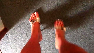 Oiled Feet in silver Sandals