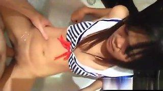 Tourist Fucks Filipina Teen in the Tub!