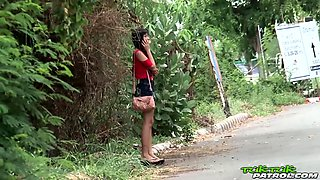 Leggy flat-chested Thai babe picked up and drilled