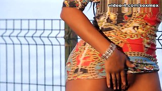 Galidiva in Lake Video - SexMex