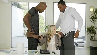 Perfect Blonde Karla Kush With 2 Monster Black Cocks