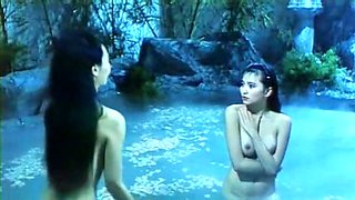 Lesbian chinese babes pleasing each other while taking bath
